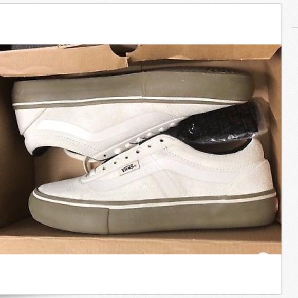 45412ee1b5 Vans AV Rapidweld Pro White Gum UltraCush Shoes🌹
